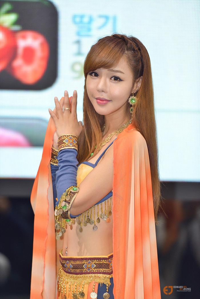 Showgirl G-star 2012: Seo Ji Ah - Ảnh 15