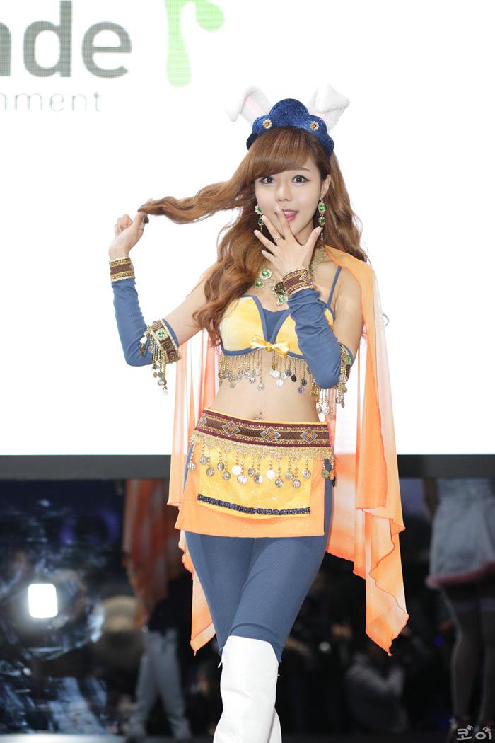 Showgirl G-star 2012: Seo Ji Ah - Ảnh 143