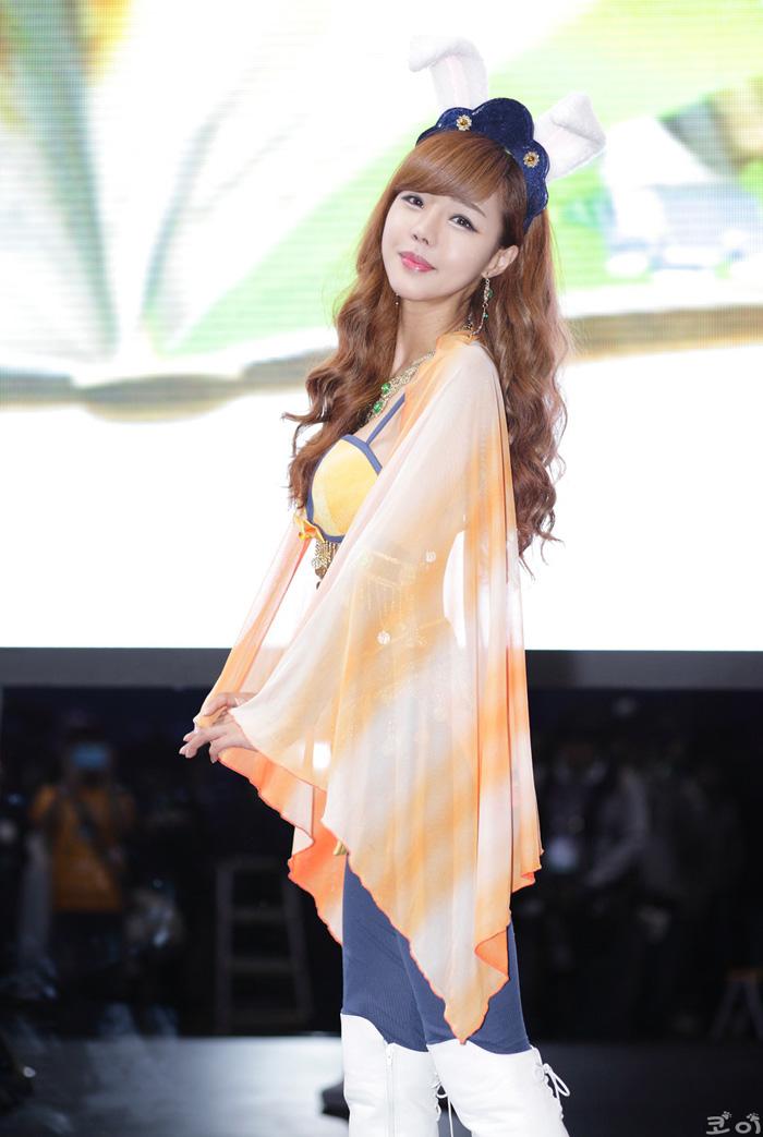 Showgirl G-star 2012: Seo Ji Ah - Ảnh 148