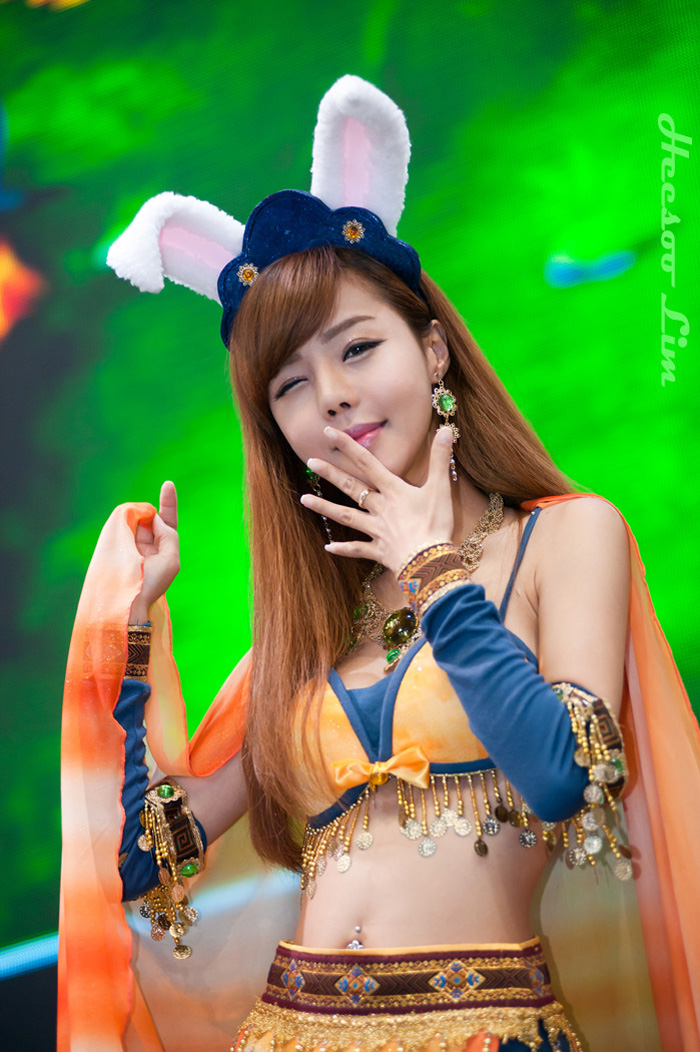Showgirl G-star 2012: Seo Ji Ah - Ảnh 25