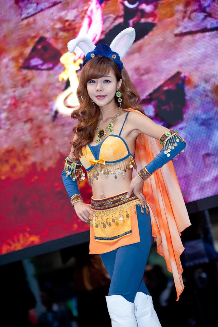 Showgirl G-star 2012: Seo Ji Ah - Ảnh 40