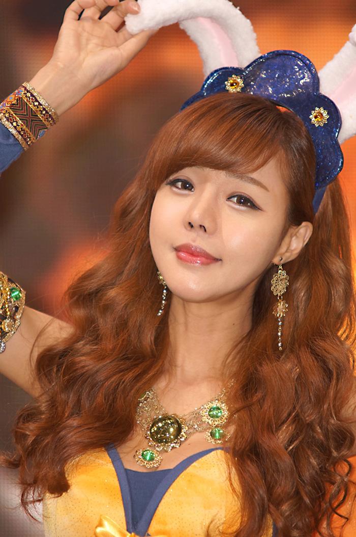 Showgirl G-star 2012: Seo Ji Ah - Ảnh 46