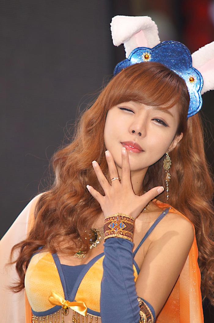 Showgirl G-star 2012: Seo Ji Ah - Ảnh 56