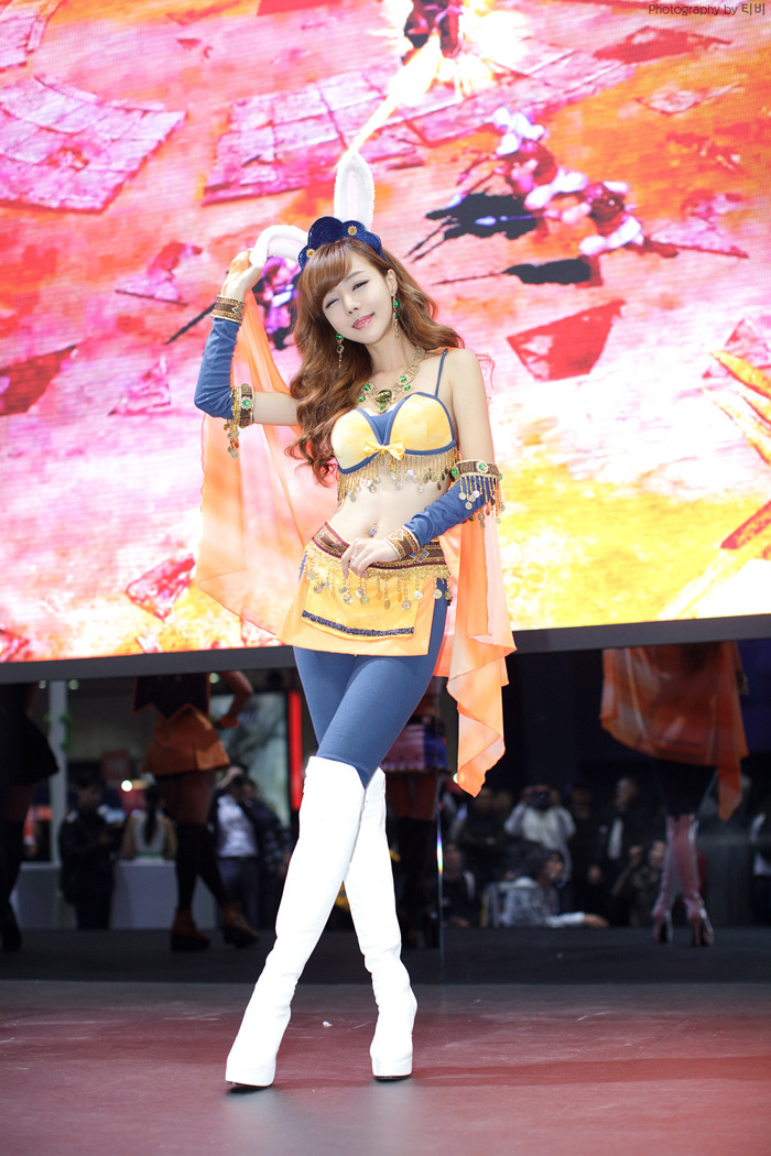 Showgirl G-star 2012: Seo Ji Ah - Ảnh 98