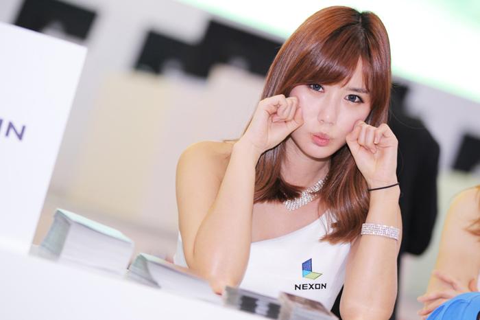 Showgirl G-star 2012: Song Ji Na - Ảnh 7