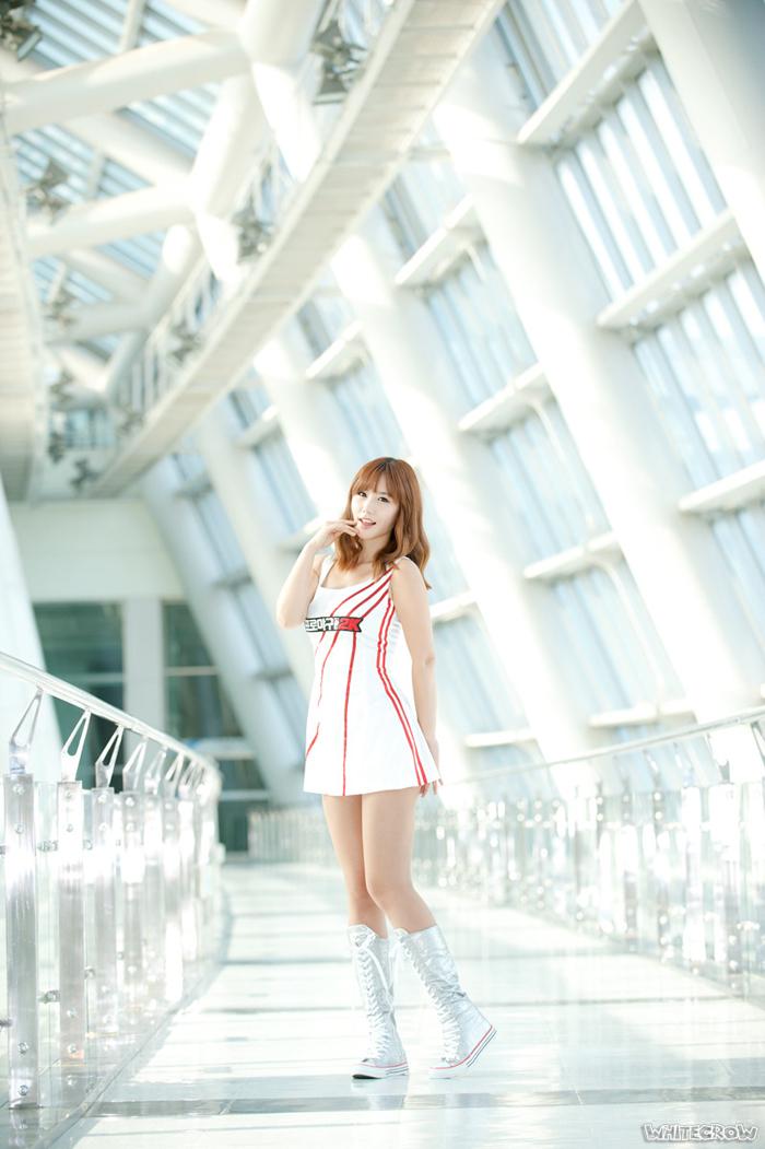 Showgirl G-star 2012: Song Ji Na - Ảnh 12