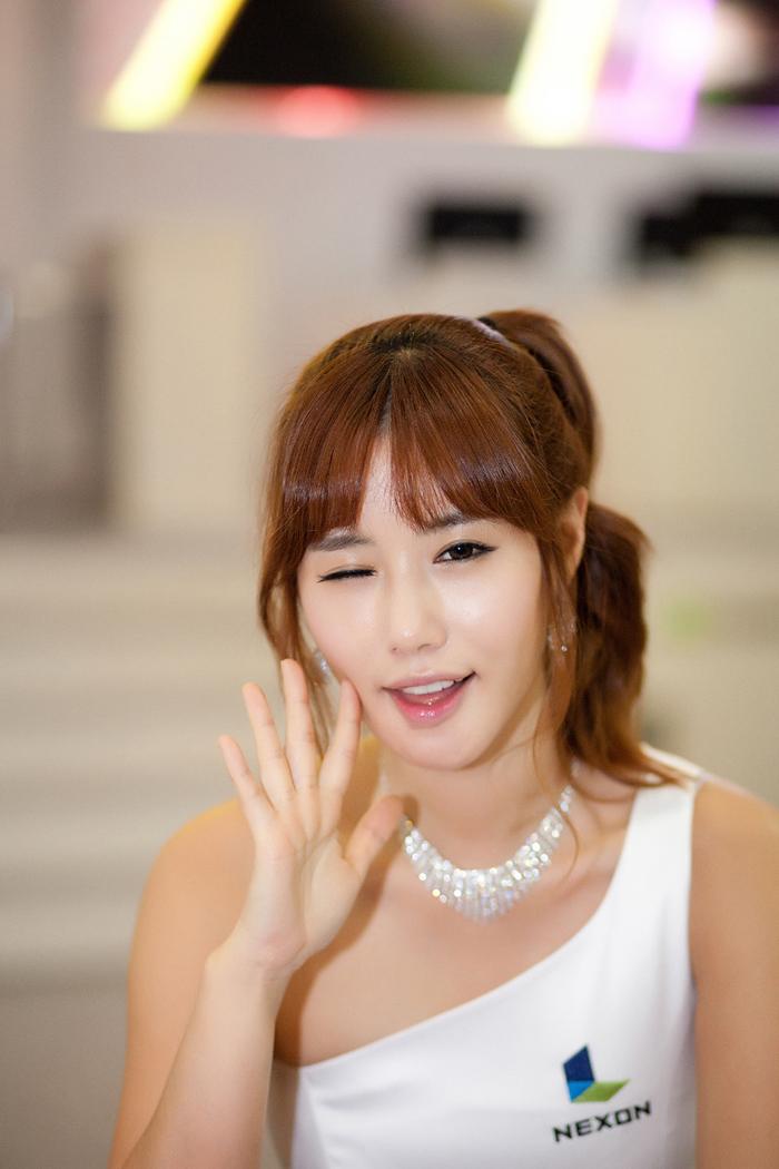 Showgirl G-star 2012: Song Ji Na - Ảnh 24