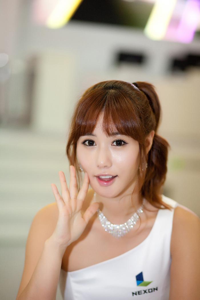 Showgirl G-star 2012: Song Ji Na - Ảnh 25