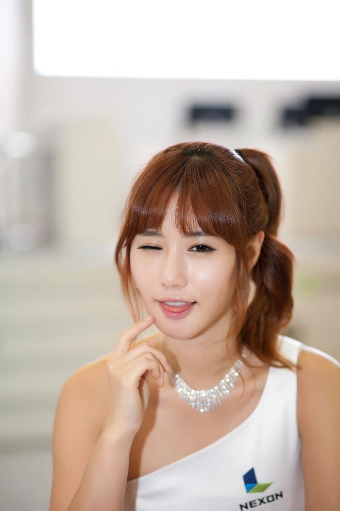 Showgirl G-star 2012: Song Ji Na - Ảnh 27
