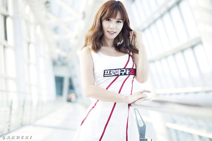 Showgirl G-star 2012: Song Ji Na - Ảnh 30