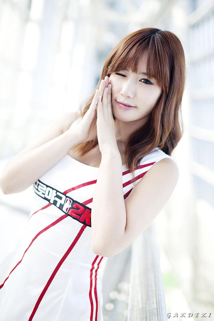 Showgirl G-star 2012: Song Ji Na - Ảnh 32