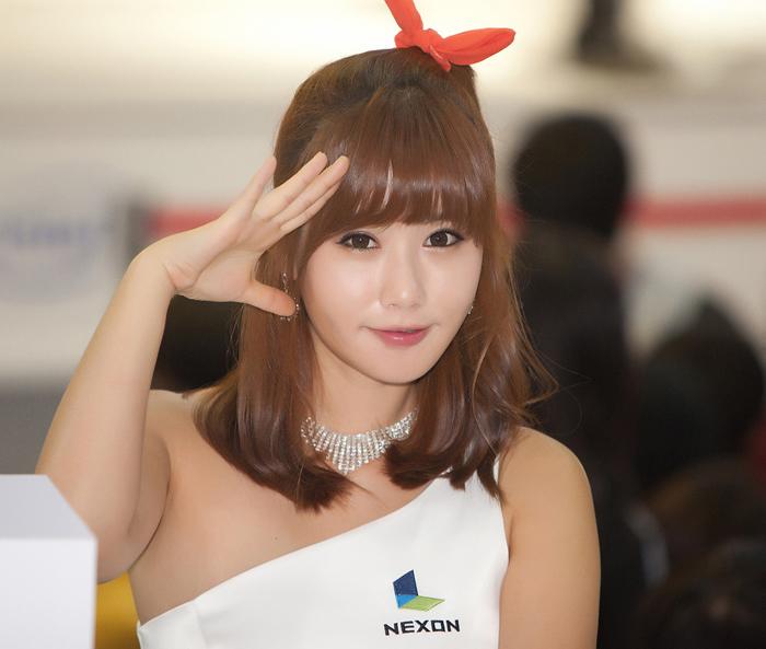 Showgirl G-star 2012: Song Ji Na - Ảnh 37