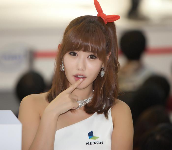 Showgirl G-star 2012: Song Ji Na - Ảnh 38