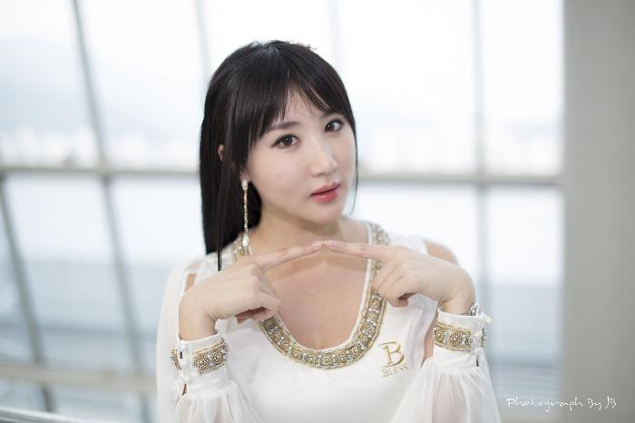 Showgirl G-star 2012: Yeon Da Bin - Ảnh 51