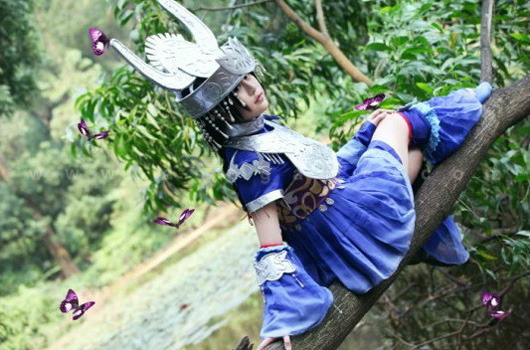 Cosplay tiểu nữ hiệp Ngũ Độc trong VLTK 3 - Ảnh 10